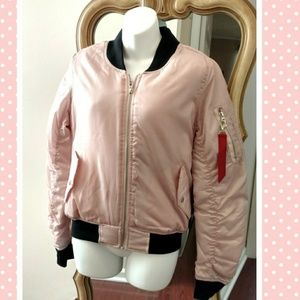 Bomber Jacket EUC!🌷FOR SALE, READY FOR PURCHASE